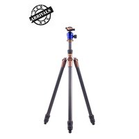 3 Legged Thing Steve Evolution 3 tripod with blue AirHed