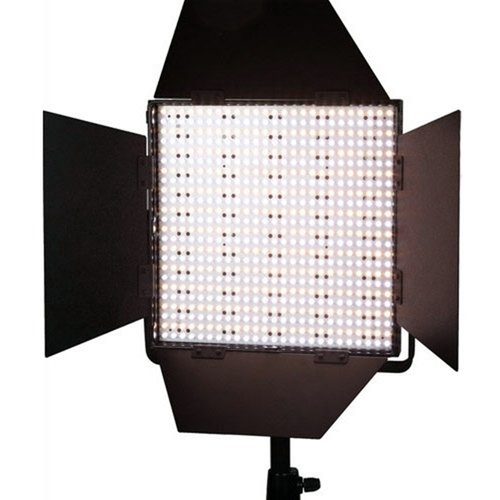 LEDGO 900 DMX LED PANEL WITH VLOCK BATT FEATURE AND BARN DOORS